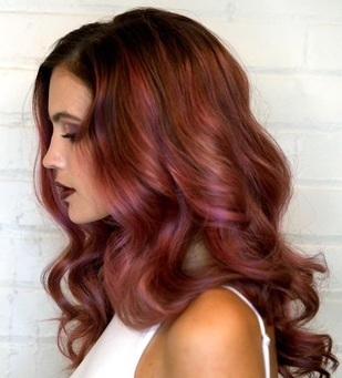 Hoe zorg je voor de kleur van je haar