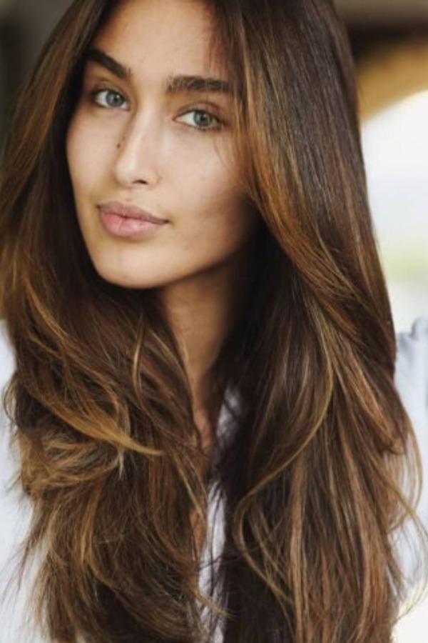 Heb jij bruin haar? Wij geven een update zodat jij weet welke kleur jij kiest als je de kapper weer bezoekt.