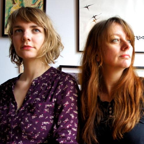 Folkduo 'The Lasses': oorstrelende songs