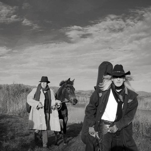 'We naderen het indianengebied' - Victor Posch & Willem Schoone